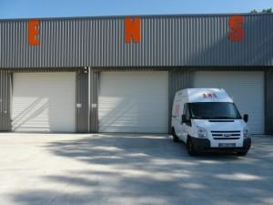 lettres decoupees et vehicule ENS par freecom